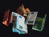 Ukrep odloga plačila kreditov