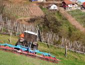 S kmetijsko ministrico o kmetovanju na hribov...