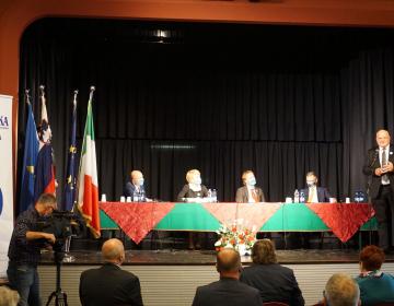 Predsednik Kmetijsko gozdarske zbornice Slovenije Cvetko Zupančič se je predstavnikom zveze zahvalil za dobro sodelovanje.