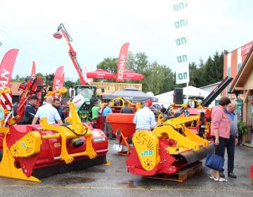 Na razpisu A1 so na voljo tudi posojila za nakup novih ali rabljenih kmetijskih strojev in opreme.