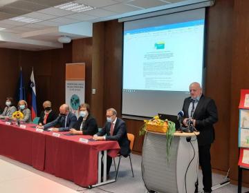 KGZS podpisala izjavo o sodelovanju za zmanjšanje...