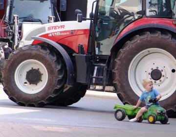 Podaljšana veljavnost ukrepov za voznike in vozila